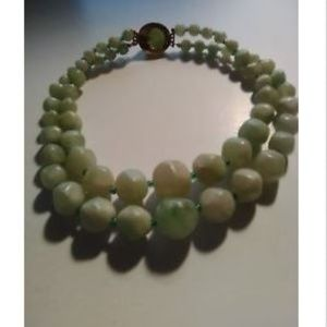 Jewelry - Vtg Green Marbled Double Necklace Graduated Beads
